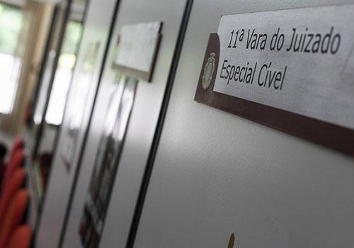 Juiz condena operadora de plano de saúde por negar atendimento emergencial a criança encontrada com pedaços de vidro na boca