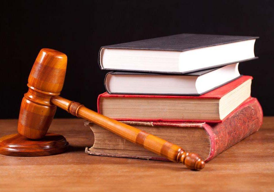 Justiça condena plano de saúde a cobrir cirurgia de transição de gênero