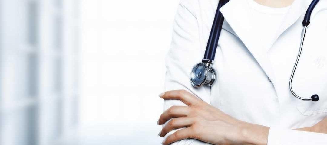 Publicidade médica: Justiça mantém decisão do CFM e do Cremec contra médico que violava preceitos éticos