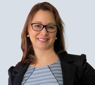 Dra. Claudia Nakano