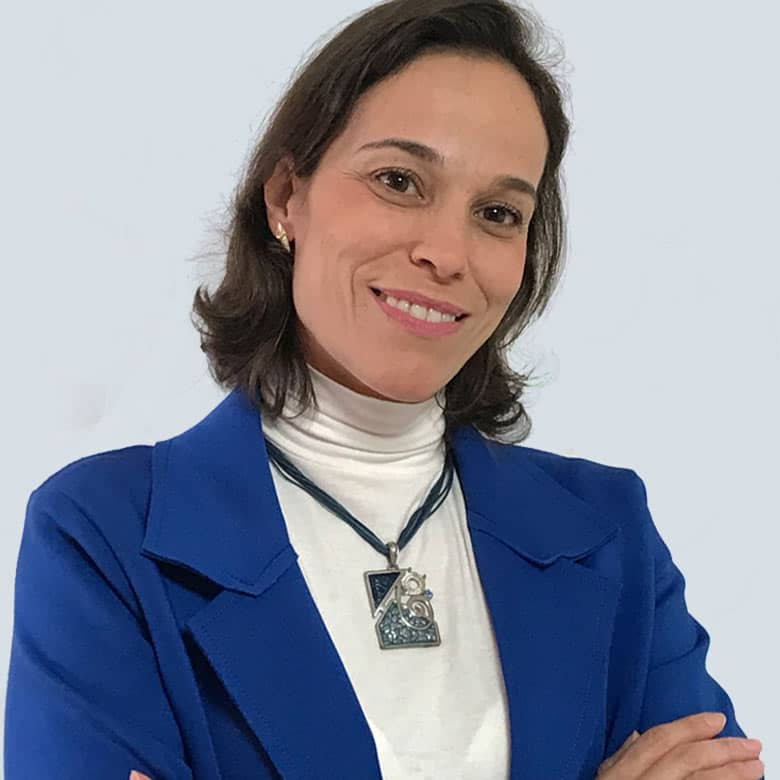 Dra. Paula Pantaleão