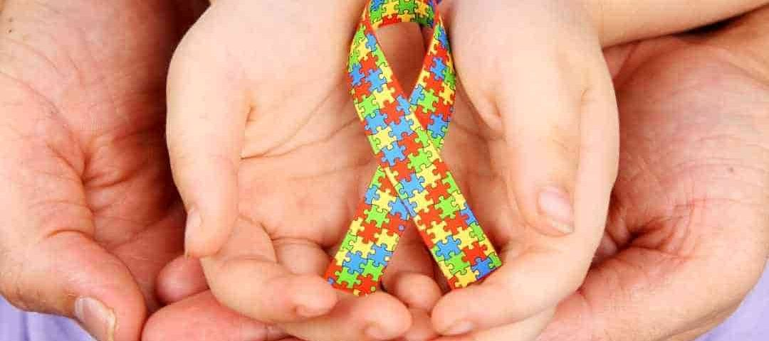 Saúde realiza live para discutir políticas públicas e iniciativas para o atendimento de crianças com autismo