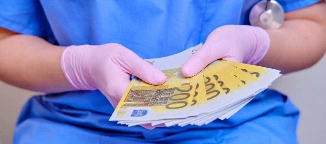 Contarato cobra urgência para votar piso salarial de enfermeiros, técnicos e parteiras