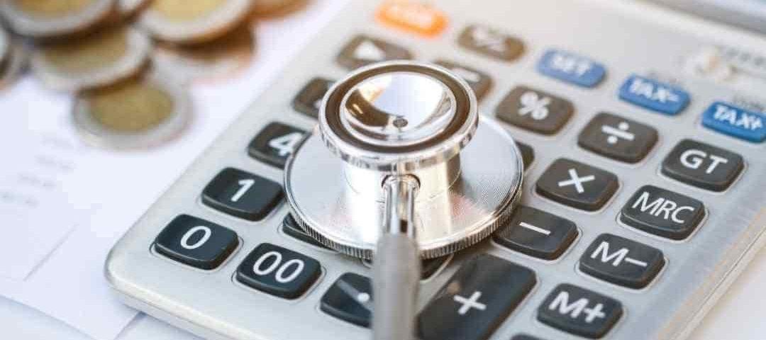 Decisão confirma multa de R$ 80 mil a operadora de saúde por negar cirurgia