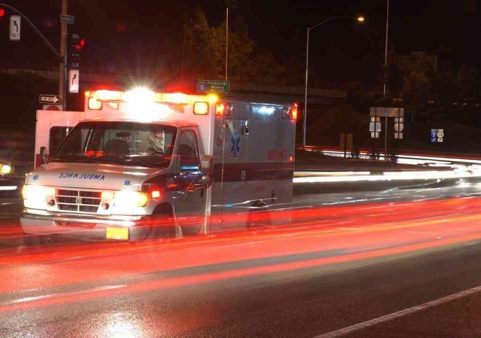 Família será indenizada por município após perder 2 pessoas em acidente com ambulância